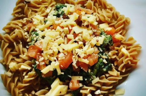 Makaron, szpinak i łosoś - klasyczne połączenie, które smakuje najlepiej