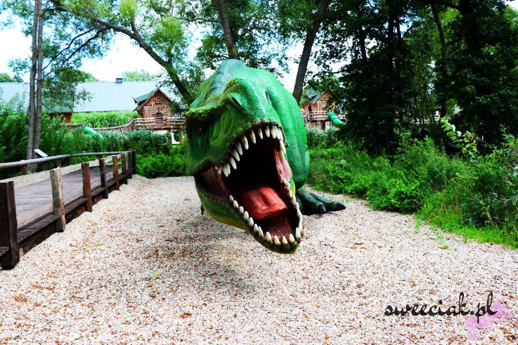 Park Ewolucji w Sławutówko - dinozaury na wyciągnięcie ręki
